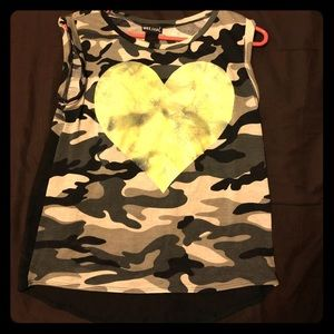 💚Camo Tank top with Neon Green heart💚